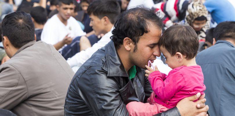 беженцы отец с дочкой