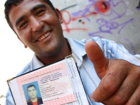 Регистрация гражданина Азербайджана в РФ