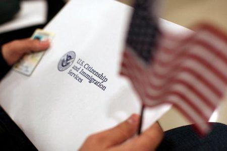 Статус беженца в США